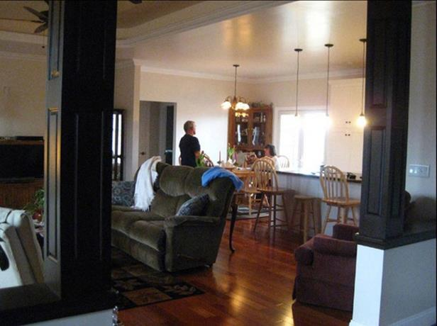 HPP 15998 foyer into great room